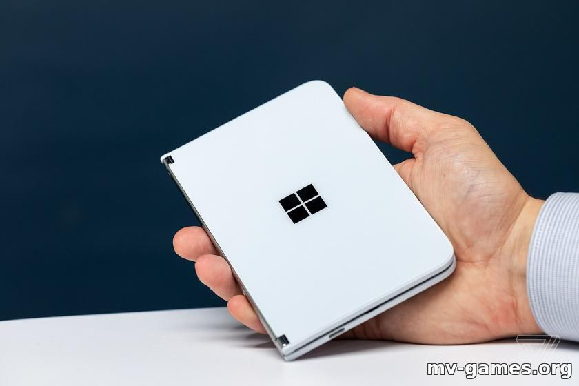Складной Microsoft Surface Duo не получит Android 11 до лета